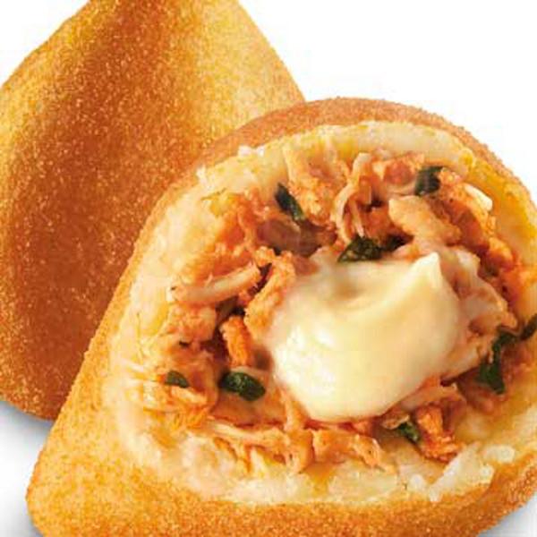 Coxinha de Frango com Queijo Cremoso  Cuisine du Brésil